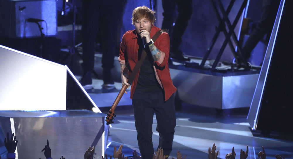 Ed Sheeran na ceremonii wręczenia nagród MTV Video Music Awards 2017