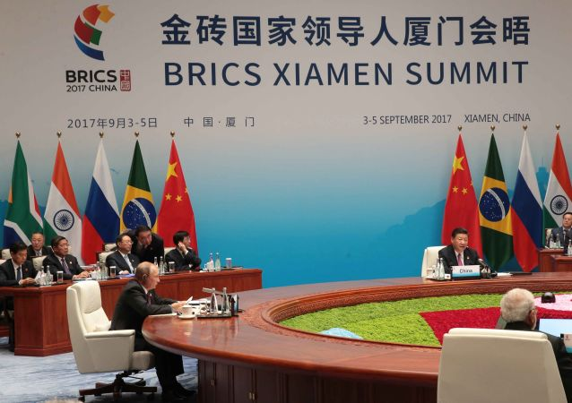 Prezydent Rosji Władimir Putin w czasie spotkania liderów państw grupy BRICS w rozszerzonym składzie z udziałem delegacji