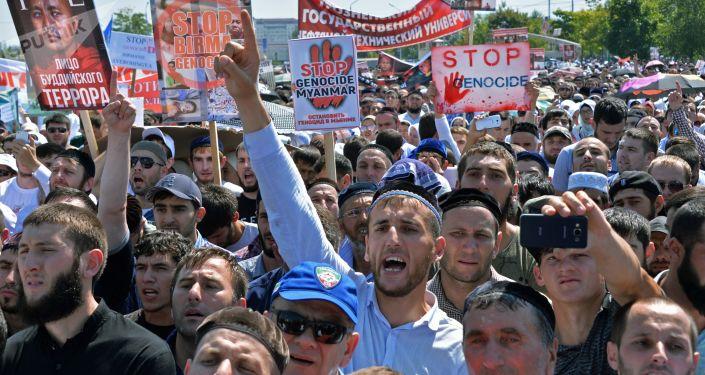 Grozny: Milion ludzi wyszło na ulice