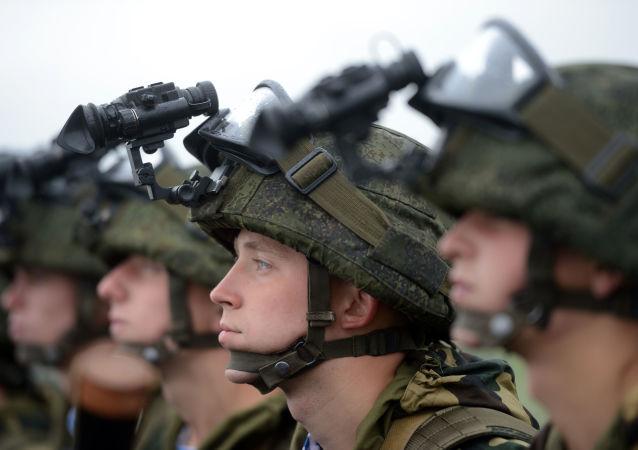 Żołnierze w goglach