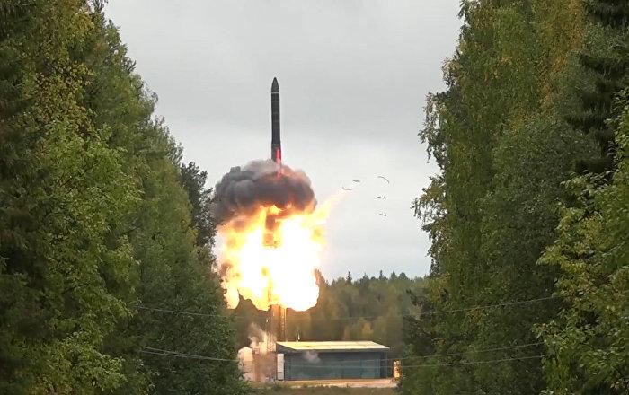 Test rosyjskiej rakiety RS-24 Jars