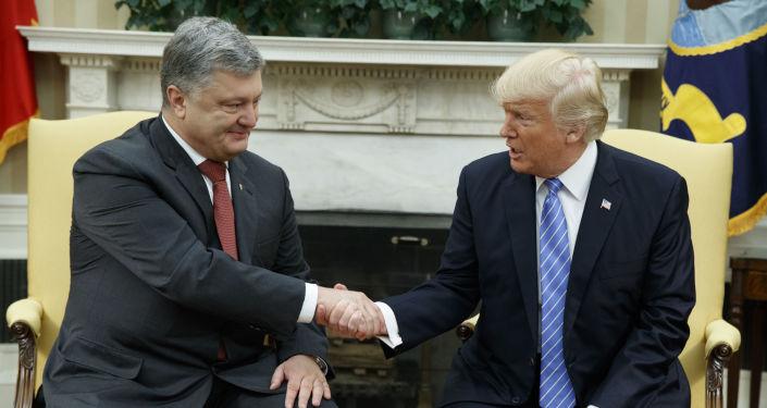 Prezydent Ukrainy Petro Poroszenko i prezydent USA Donald Trump