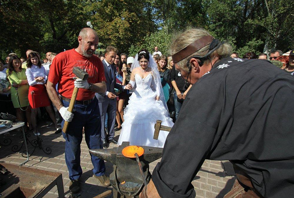 Festiwal tradycyjnie odbył się w Parku Wykutych Figur w Doniecku.