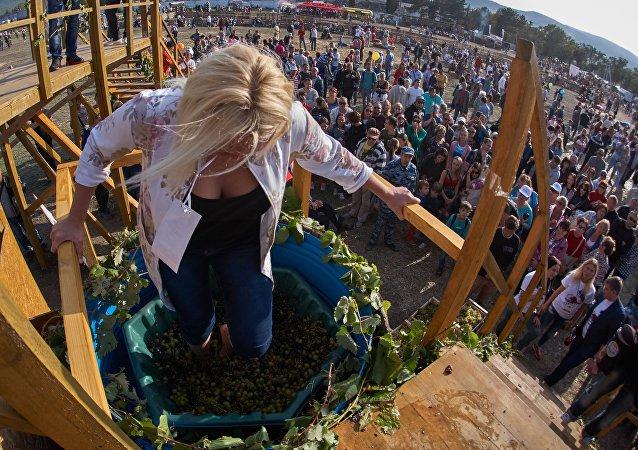 30 września – 1 października w Bałakławie odbywa się Festiwal Zbiorów i Winiarstwa #WineFest.