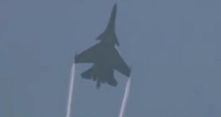 Zespół akrobacyjny sił powietrznych Rosji na samolotach Su-27