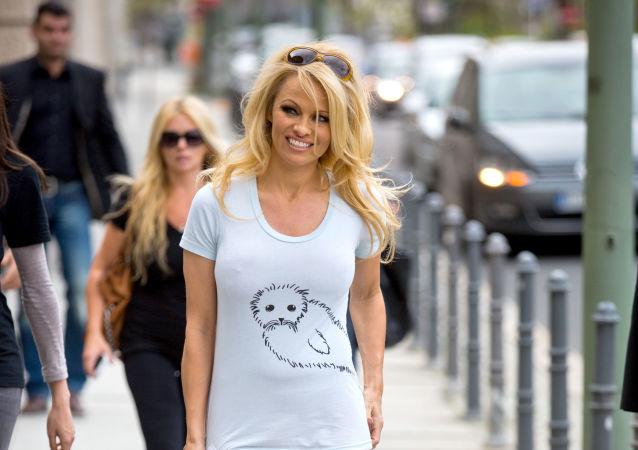 Amerykańska aktorka i modelka Pamela Anderson