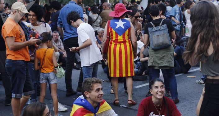 Demonstracja poparcia dla referendum niepodległościowego w Barcelonie