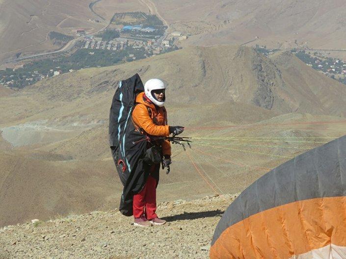 Towarzystwo Irańskich Paralotniarek