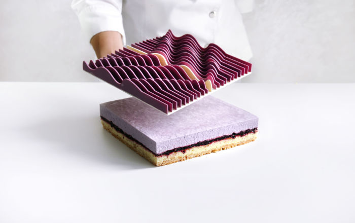 Pofalowane żebra na zwieńczeniu tego tortu przypominają...