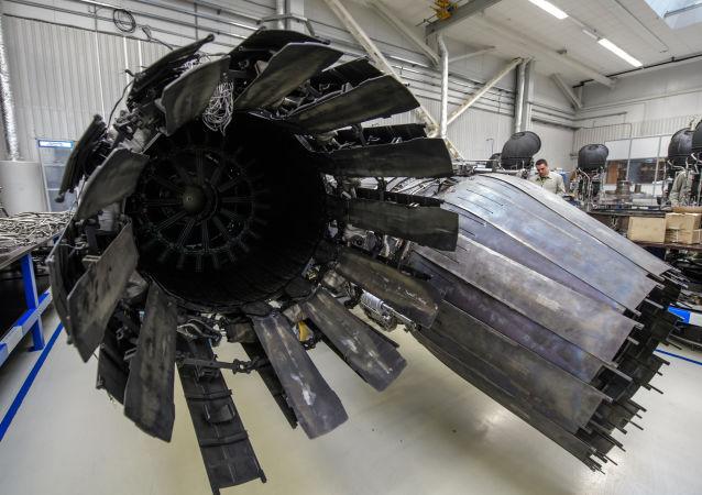 Testy nowego silnika samolotowego w Petersburgu