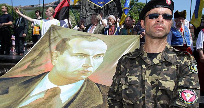 Członek kongresu ukraińskich nacjonalistów, obchodny Dnia Bohaterów Ukrainy