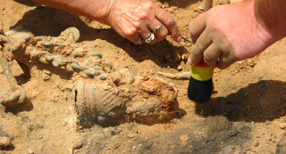 Archeolodzy
