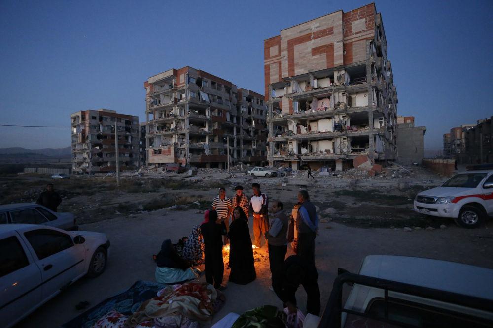 Skutki trzęsienia ziemi w Iranie