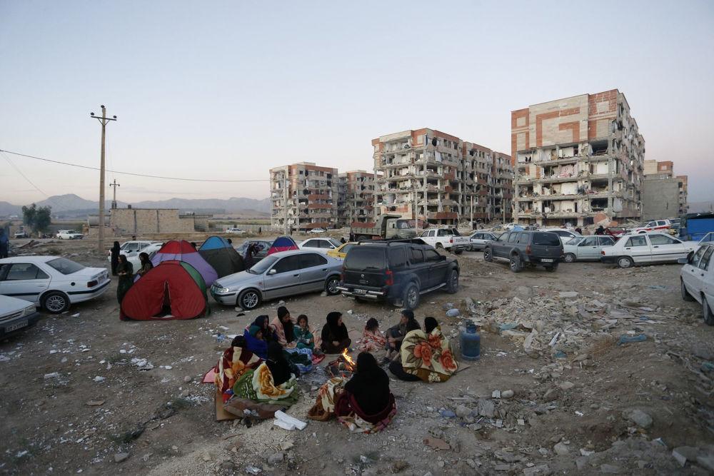 Ofiary trzęsienia ziemi w Iranie