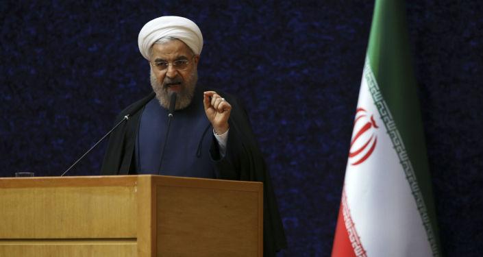 Prezydent Iranu Hassan Rouhani na ceremonii Narodowego Dnia Jądrowego Technologii w Teheranie