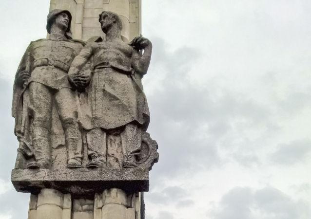 Pomnik Wdzięczności Armii Czerwonej zostanie usunięty z placu w Szczecinie