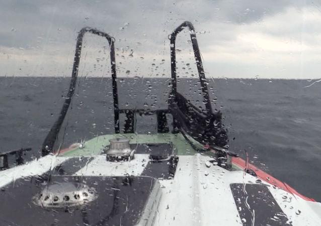 Akcja poszukiwawczo-ratownicza na Morzu Czarnym. Zdjęcie archiwalne