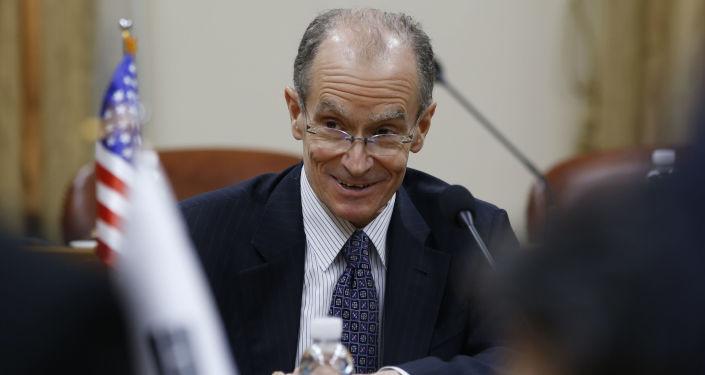 Koordynator Departamentu Stanu USA ds. sankcji Daniel Fried. Zdjęcie archiwalne