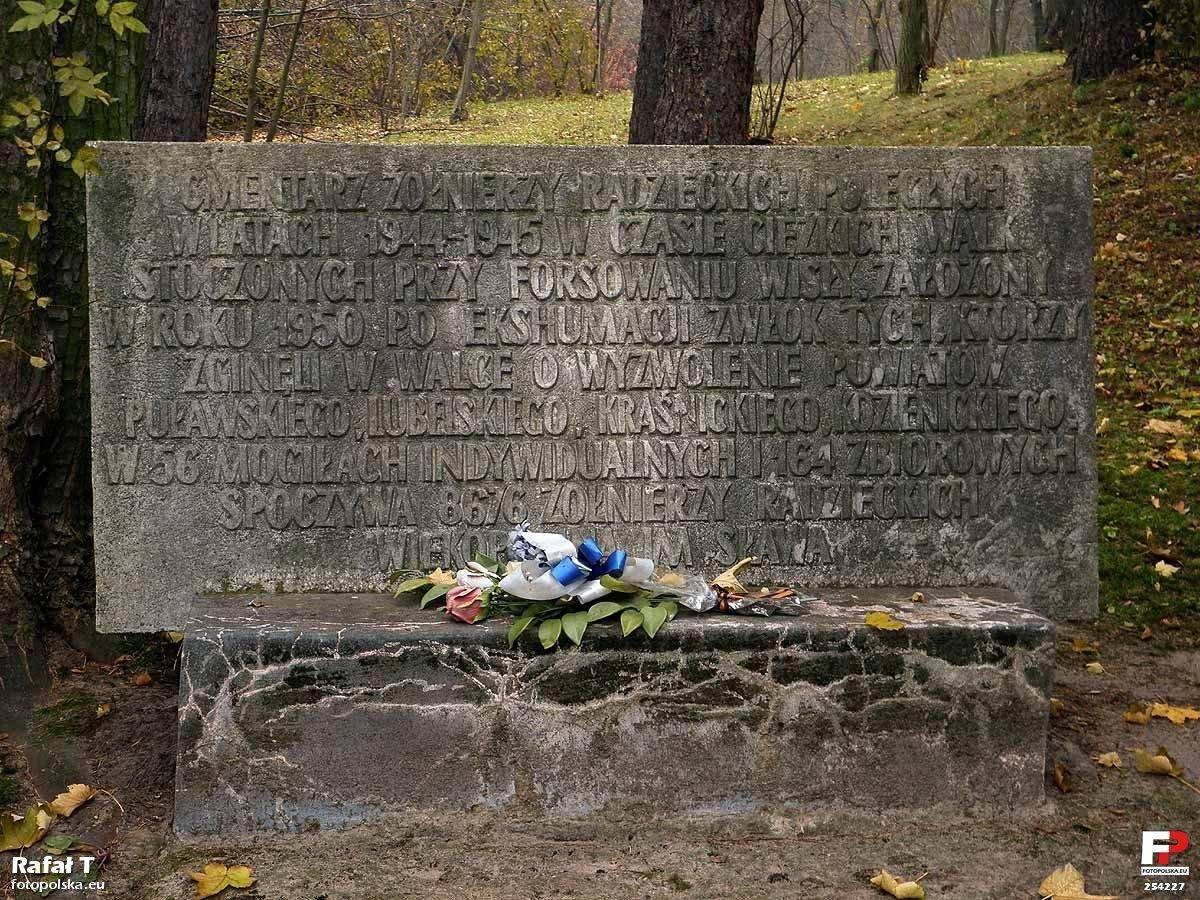 Kazimierz Dolny. Cmentarz Żołnierzy radzieckich