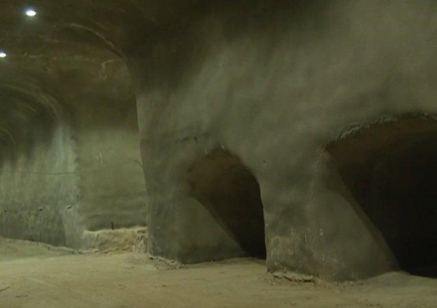 Podziemny cmentarz w Jerozolimie