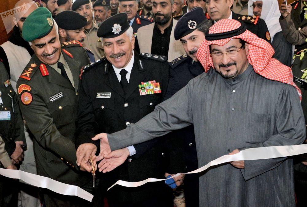 Ceremonia otwarcia międzynarodowej wystawy broni i sprzętu wojskowego Gulf Defence & Aerospace 2017