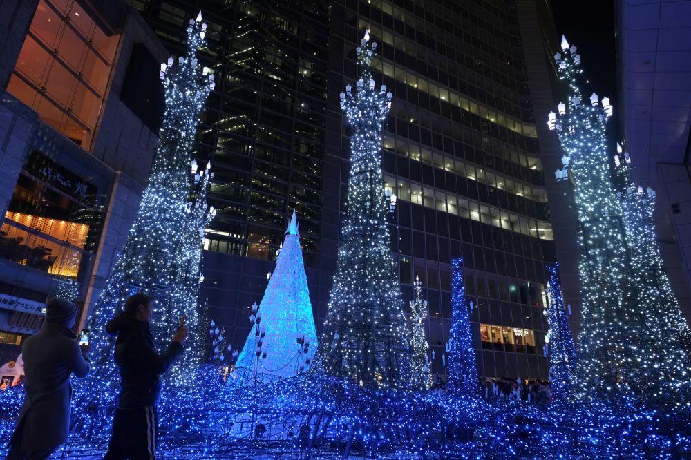 Świąteczne iluminacje w Japonii