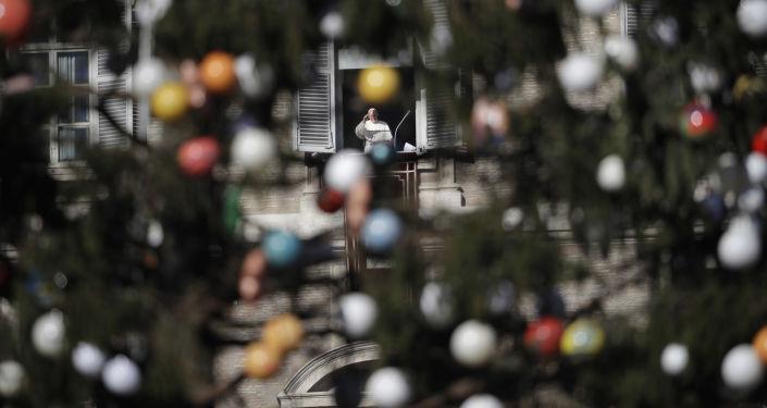 Papież Franciszek na Placu Św. Piotra