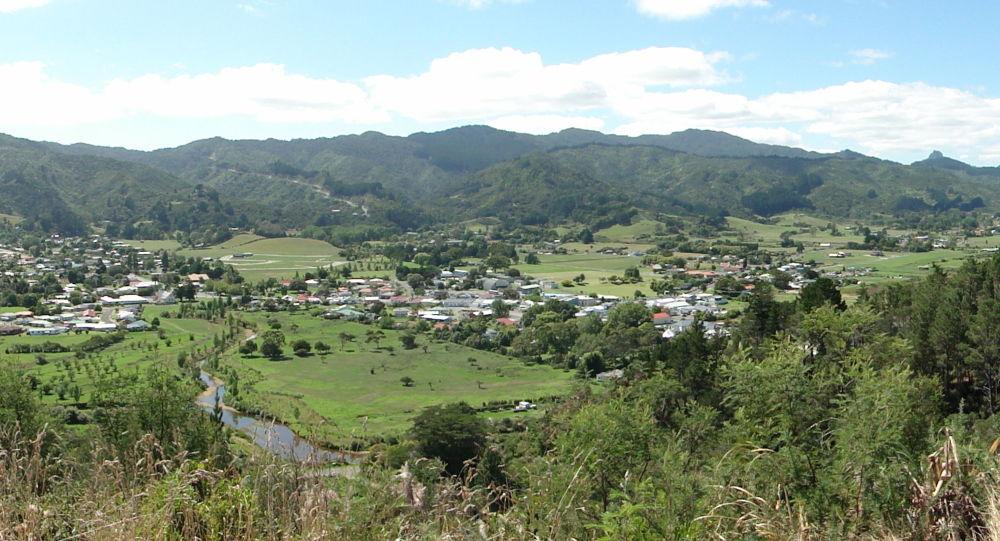 Widok na nowozelandzkie miasto Coromandel