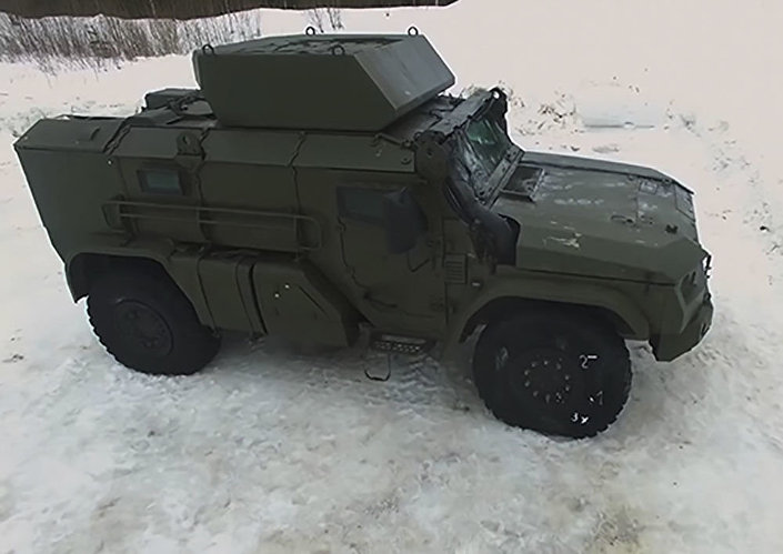 """Nowy pojazd pancerny dla Wojsk Powietrznodesantowych na podwoziu kołowym na bazie wozu pancernego """"Tajfun"""""""