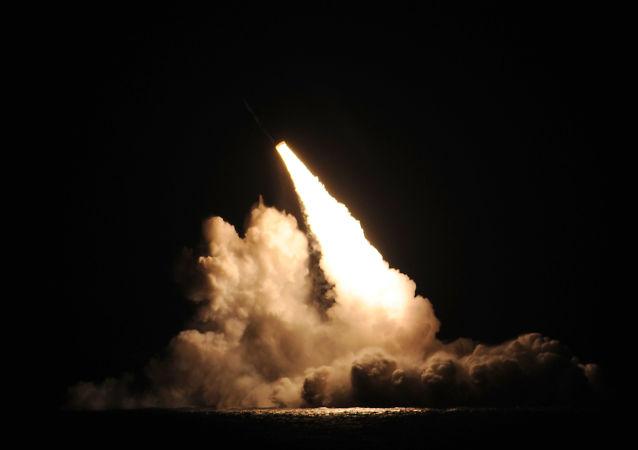 Rakieta balistyczna bazowania podwodnego Trident D5