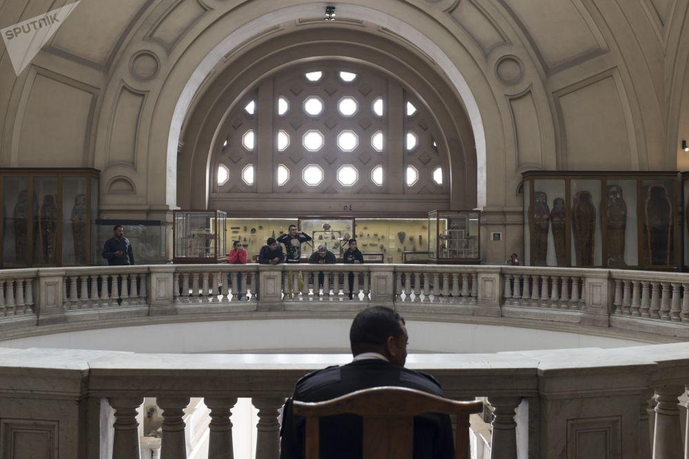 Sala nowego muzeum, gdzie wystawione zostaną skarby Tutenchamona, będzie siedem razy większa niż obecna sala poświęcona temu tematowi w starym muzeum w centrum Kairu.