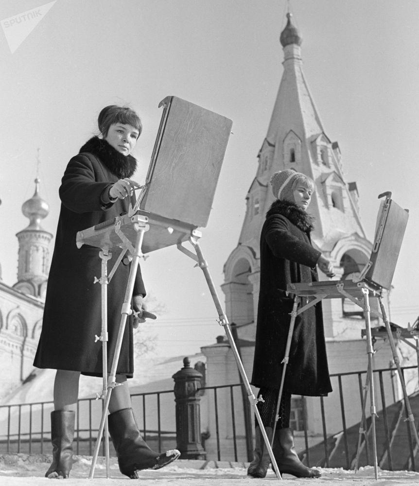 Rosyjscy studenci w ZSRR i dziś, 1967 rok