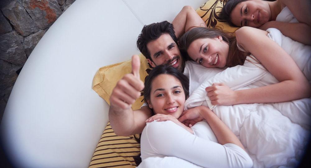 kobiecy orgazm na wideo www nastolatki nagie dziewczęta com