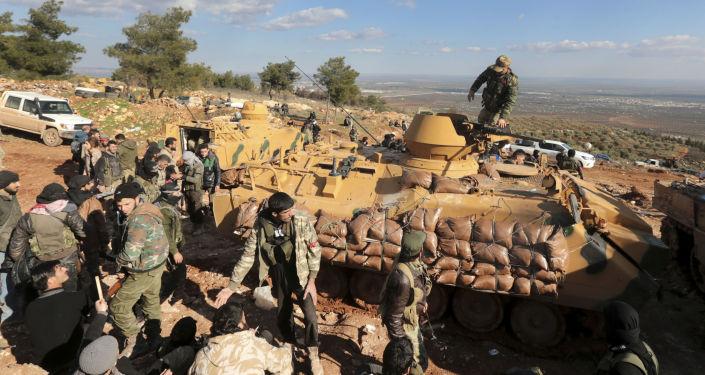 Tureckie wojska i wspierani przez Turcję syryjscy wojskowi