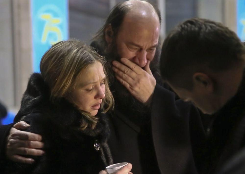 Rodzina i przyjaciele ofiar katastrofy samolotu An-148 Saratowskich linii lotniczych pod Moskwą