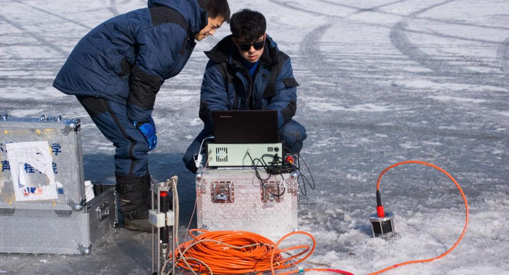 Testy unikalnej łączności podlodnej dla Arktyki