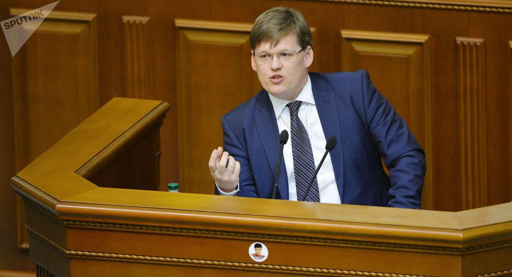 Minister polityki społecznej Ukrainy Pawło Rozenko na posiedzeniu Rady Najwyższej Ukrainy