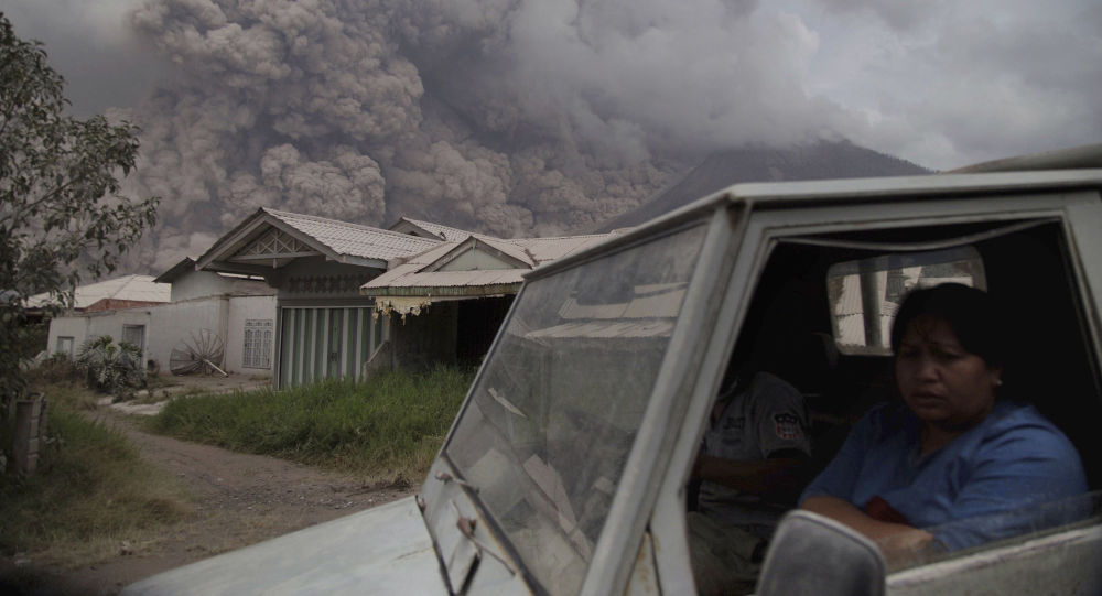 Erupcja wulkanu na Sumatrze
