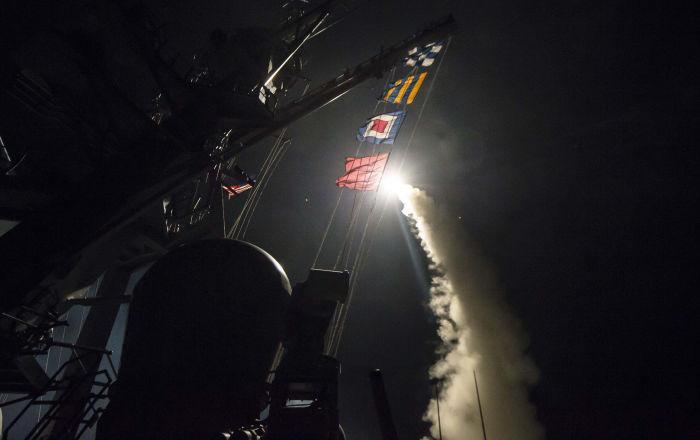 """6a2494102a536 Wczoraj Ministerstwo Obrony Rosji pokazało fragmenty rakiet wystrzelonych w  stronę Syrii przez USA, Wielką Brytanię i Francję, w tym """"Tomahawk"""