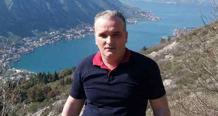 Były wojskowy Federacyjnej Republiki Jugosławii 43-letni Dalibor Jaukovic, który zaatakował ambasadę USA w Podgoricy