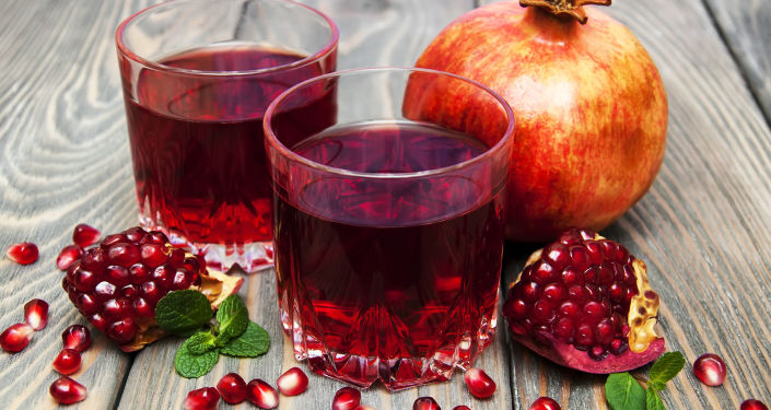 Spożywanie soków owocowych na pusty żołądek negatywnie wpływa na florę bakteryjną jelit