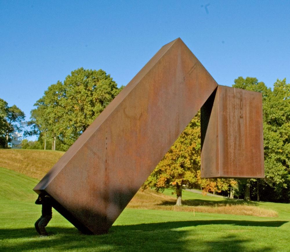 Rzeźby w Storm King Art Center w Nowym Jorku