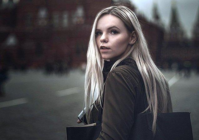 Kobieta na Placu Czerwonym