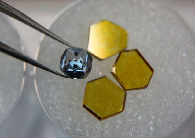 Sztuczne diamenty