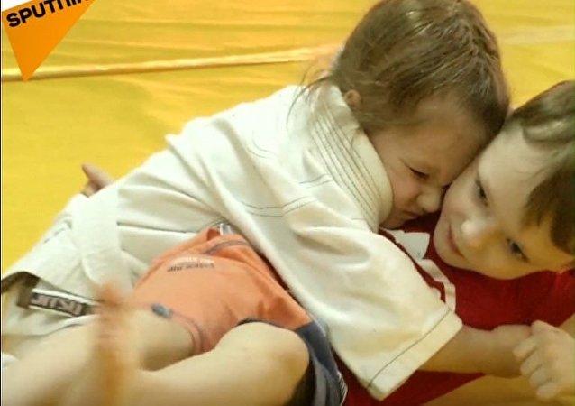 3-letnia zawodniczka ju-jitsu