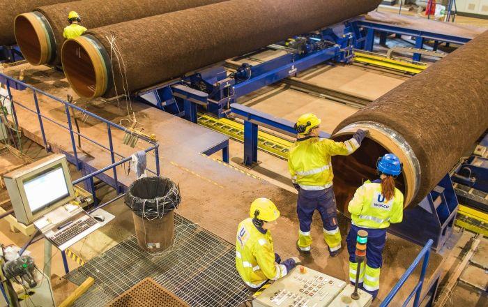 Naniesienie pokrycia betonowego na rury dla Gazociągu Północnego-2 w zakładzie Wasco w miejscowości Kotka