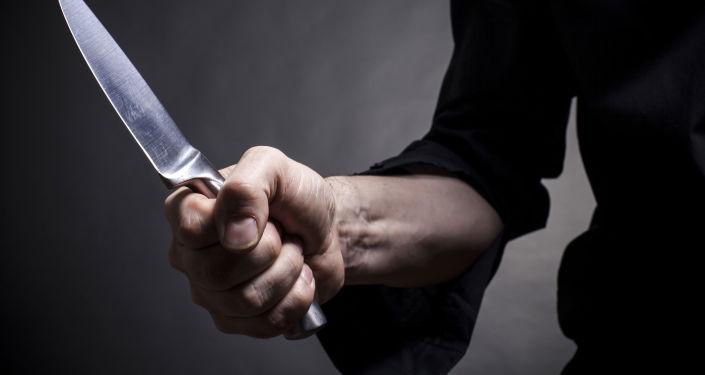 Człowiek z nożem