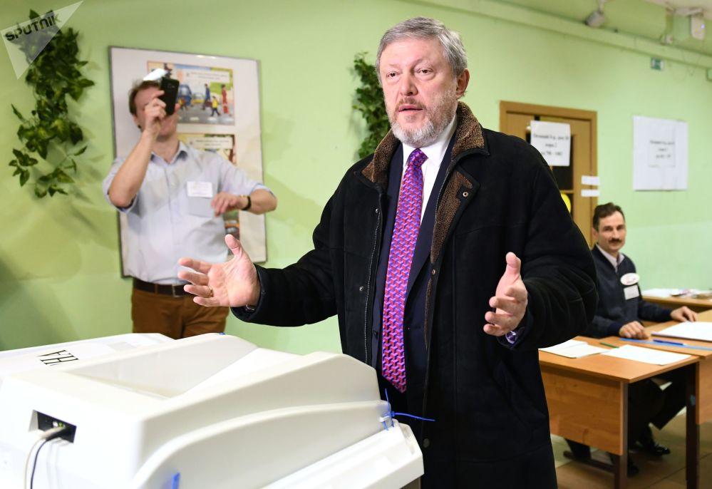 Kandydat na prezydenta Rosji Grigorij Jawlinski