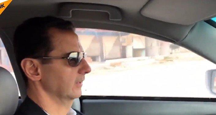 Baszar Asad w samochodzie