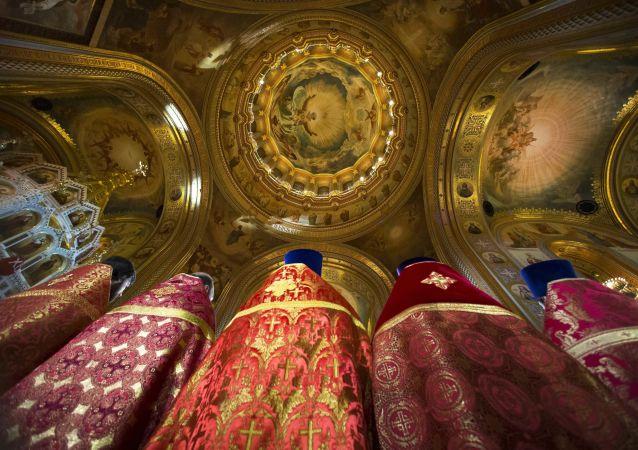 Nabożeństwo wielkanocne w Soborze Chrystusa Zbawiciela w Moskwie